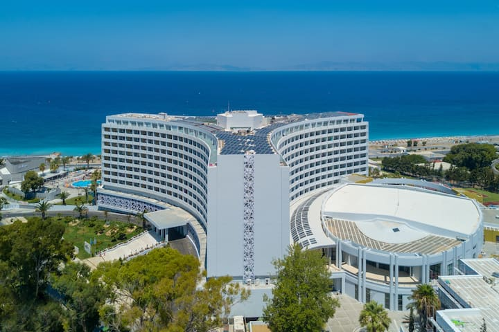 Exterior of Akti Imperial Hotel & Convention Center Dolce by Wyndham hotel in Rhodes, Other than US/Canada