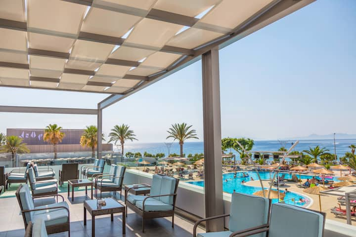 Akti Imperial Hotel & Convention Center Dolce by Wyndham restaurant in Rhodes, Other than US/Canada