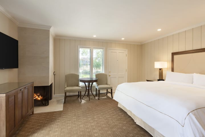Guest room at the Silverado Resort and Spa in Napa Valley, California