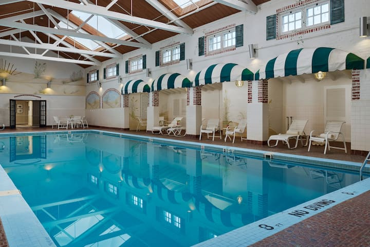 Pool at the Stockton Seaview Hotel & Golf Club in Galloway, New Jersey