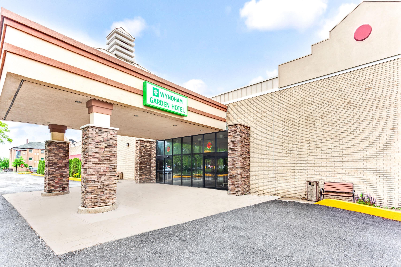 Hotels Near Briarwood Mall Ann Arbor Gallery Of Pool Kensington