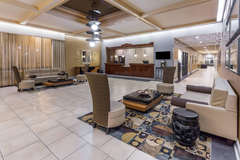 Merveilleux Wyndham Garden Greensboro Hotel Lobby In Greensboro, North Carolina