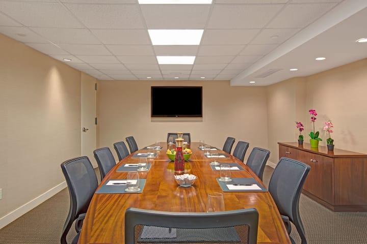 meeting room at wyndham garden chinatown in new york new york - Wyndham Garden Chinatown