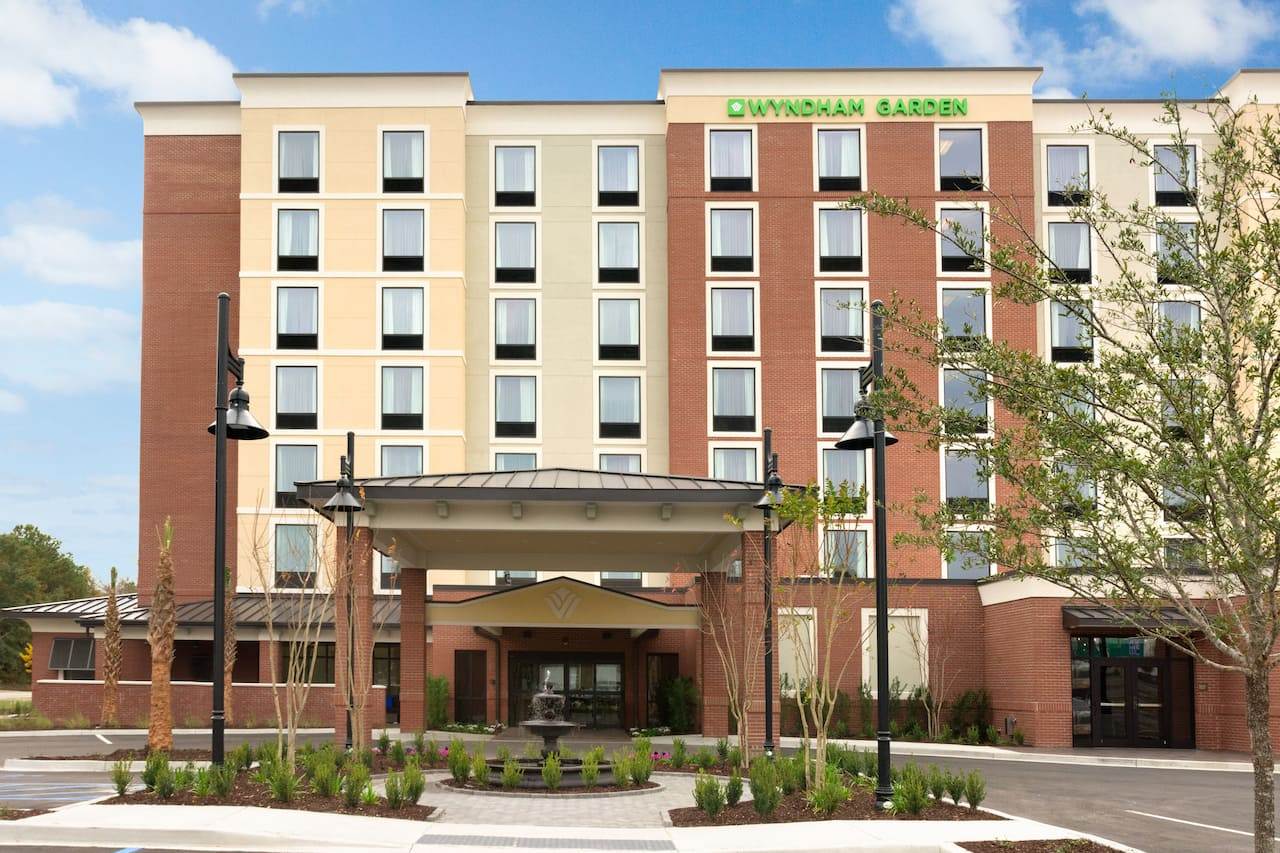 Wyndham Garden Charleston Mount Pleasant in North Charleston, South Carolina