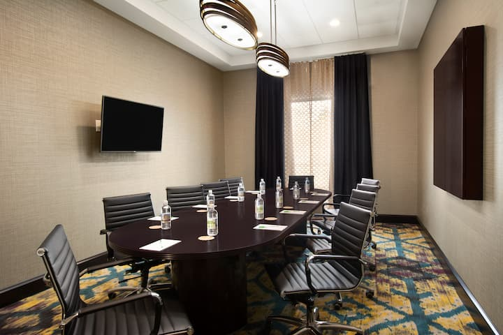 meeting room at wyndham garden charleston mount pleasant in mount pleasant south carolina - Wyndham Garden Charleston Mount Pleasant
