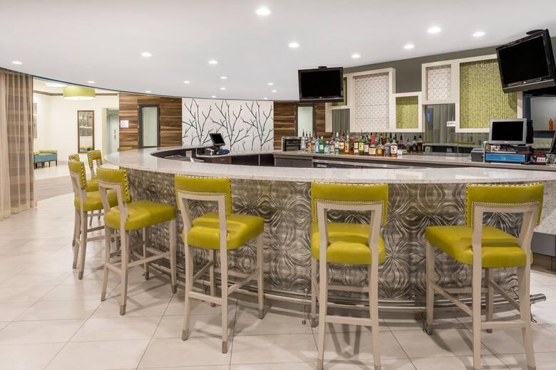 Bar At Wyndham Garden Summerville In South Carolina