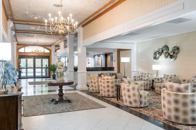 busch gardens hotel. Wyndham Garden Williamsburg Busch Gardens Area Hotel Lobby In Williamsburg, Virginia A