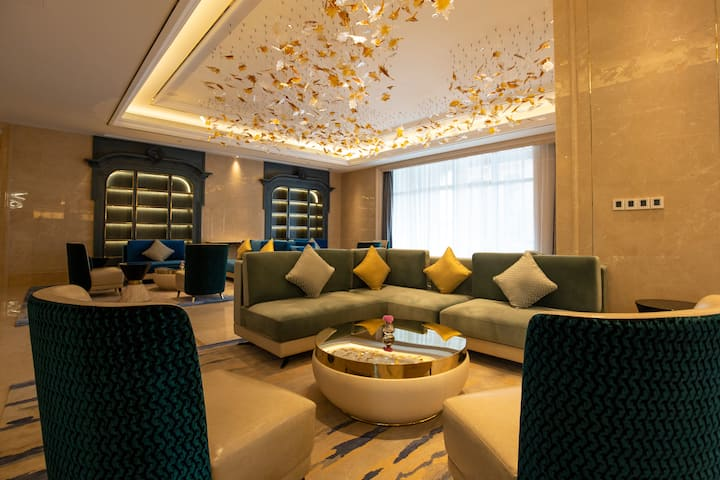 Wyndham Grand Plaza Royale Kaicheng Anji hotel lobby in Huzhou, Other than US/Canada