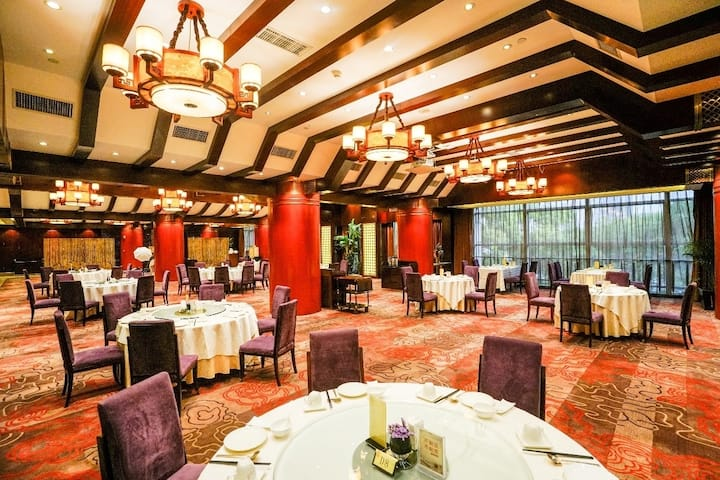 Wyndham Grand Plaza Royale Ningbo restaurant in Ningbo, Other than US/Canada