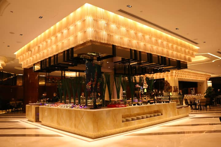 Wyndham Grand Plaza Royale Xianglin Shaoyang restaurant in Shaoyang, Other than US/Canada