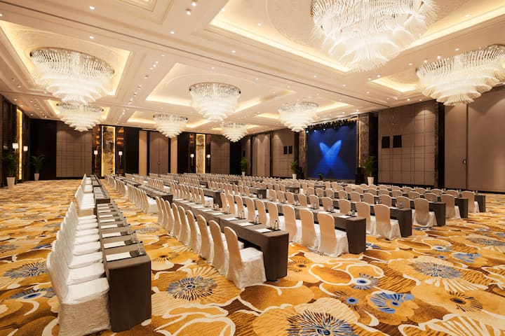 Wyndham Grand Xian South ballroom in Xian, Other than US/Canada