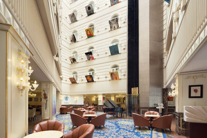 Wyndham Grand Regency Doha restaurant in Doha, Other than US/Canada
