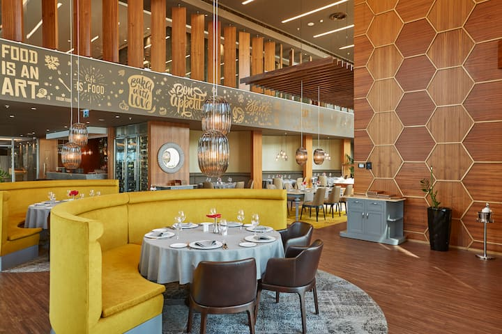 Wyndham Grand Istanbul Levent restaurant in Istanbul, Other than US/Canada