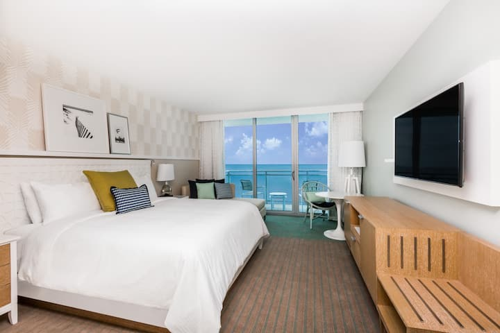 Guest room at the Wyndham Grand Clearwater Beach in Clearwater, Florida