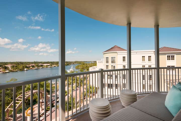 Guest room at the Wyndham Grand Jupiter at Harbourside Place in Jupiter, Florida