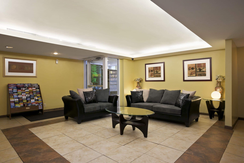 Howard Johnson Lansing Il Hotels 60438
