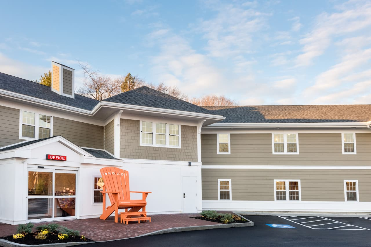 Howard Johnson by Wyndham Quincy in Quincy, Massachusetts