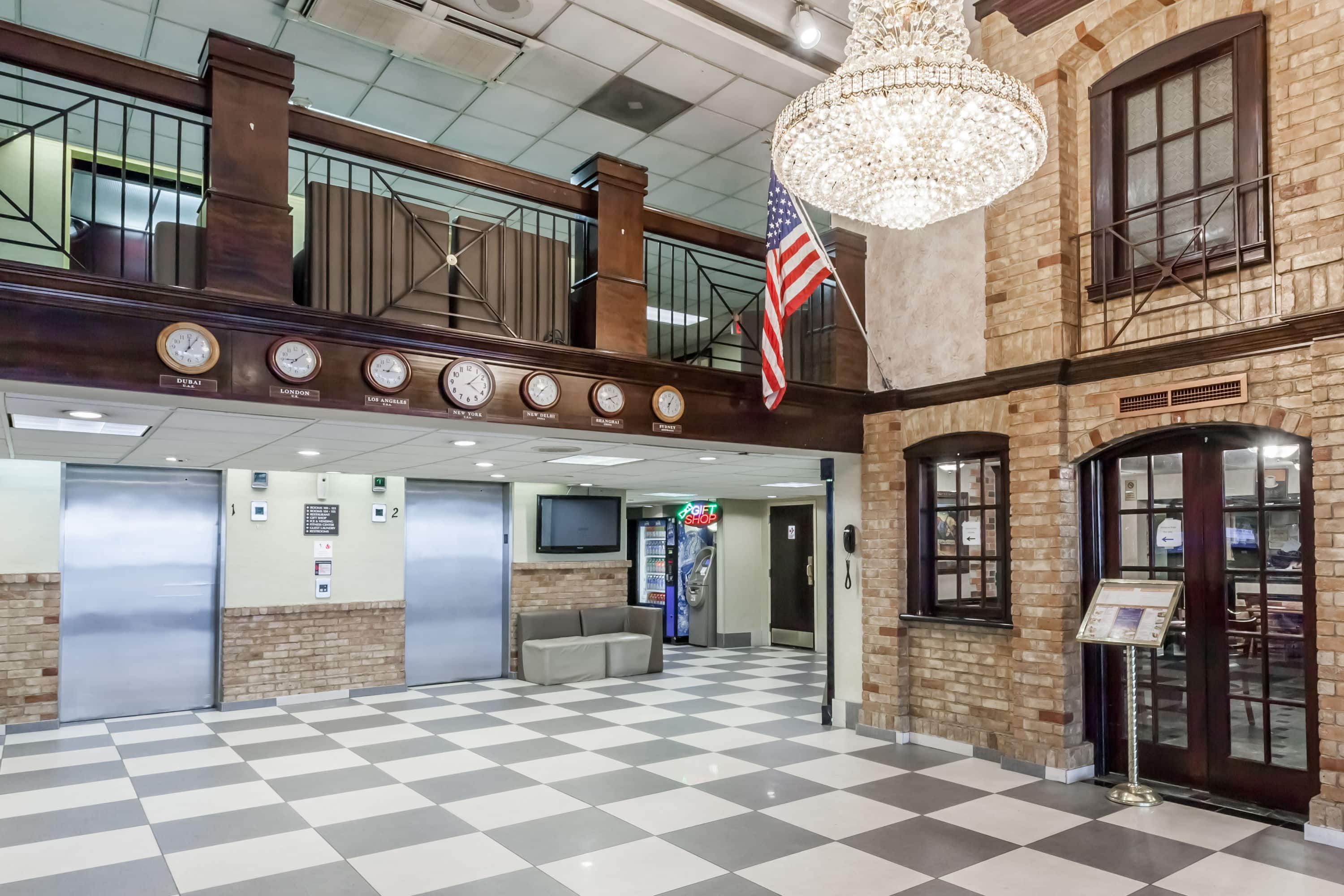 Latest Howard Johnson Hotel Newark Airport Lobby In New Jersey With Hotels Near Penn Station