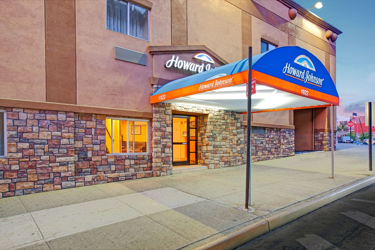 Howard Johnson Express Inn Bronx in Hackensack, New Jersey