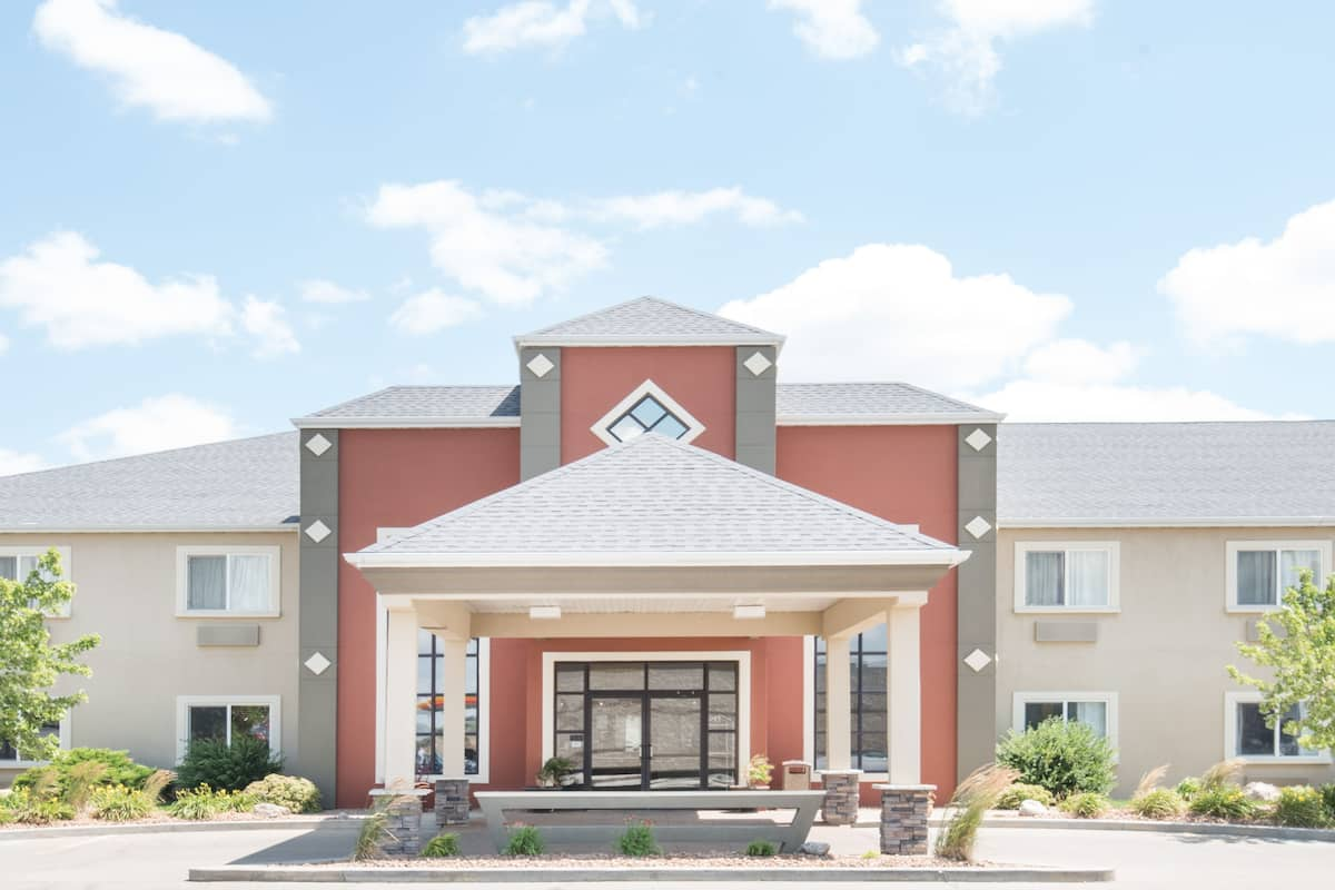 Howard Johnson Inn And Suites Oacoma