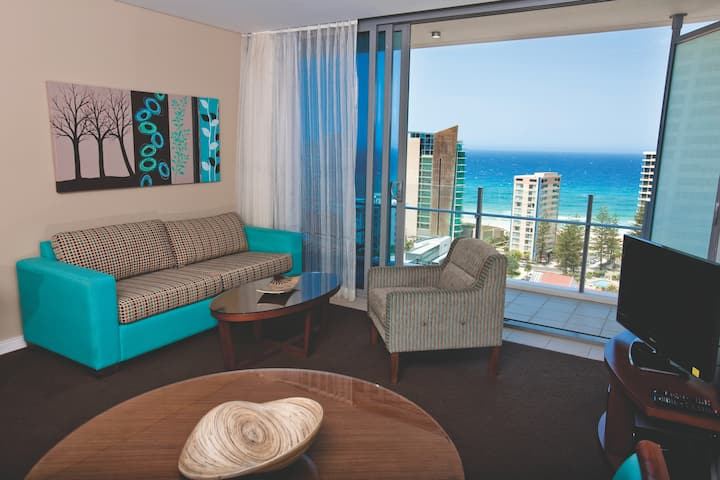 Guest room at the Wyndham Hotel Surfers Paradise in Surfers Paradise, Other than US/Canada