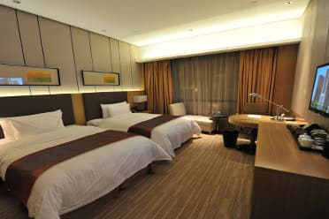 Guest room at the Wyndham Xuzhou East in Xuzhou, Other than US/Canada