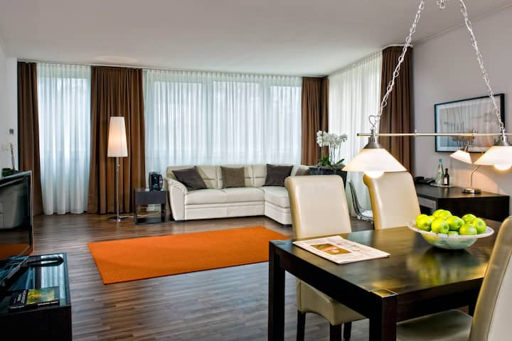 Wyndham Hannover Atrium suite in Hannover, Other than US/Canada