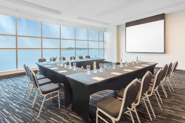 Meeting room at Wyndham Guayaquil in Guayaquil - Guayas, Other than US/Canada