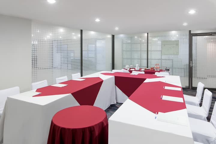 Meeting room at Wyndham Executivo Culiacan in Culiacan, Other than US/Canada