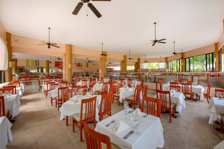 Viva Wyndham Maya - All-Inclusive Resort restaurant in Playa del Carmen, Other than US/Canada