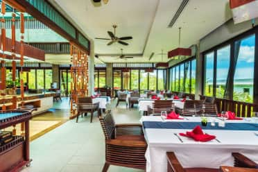 Wyndham Sea Pearl Resort Phuket restaurant in Phuket, Other than US/Canada