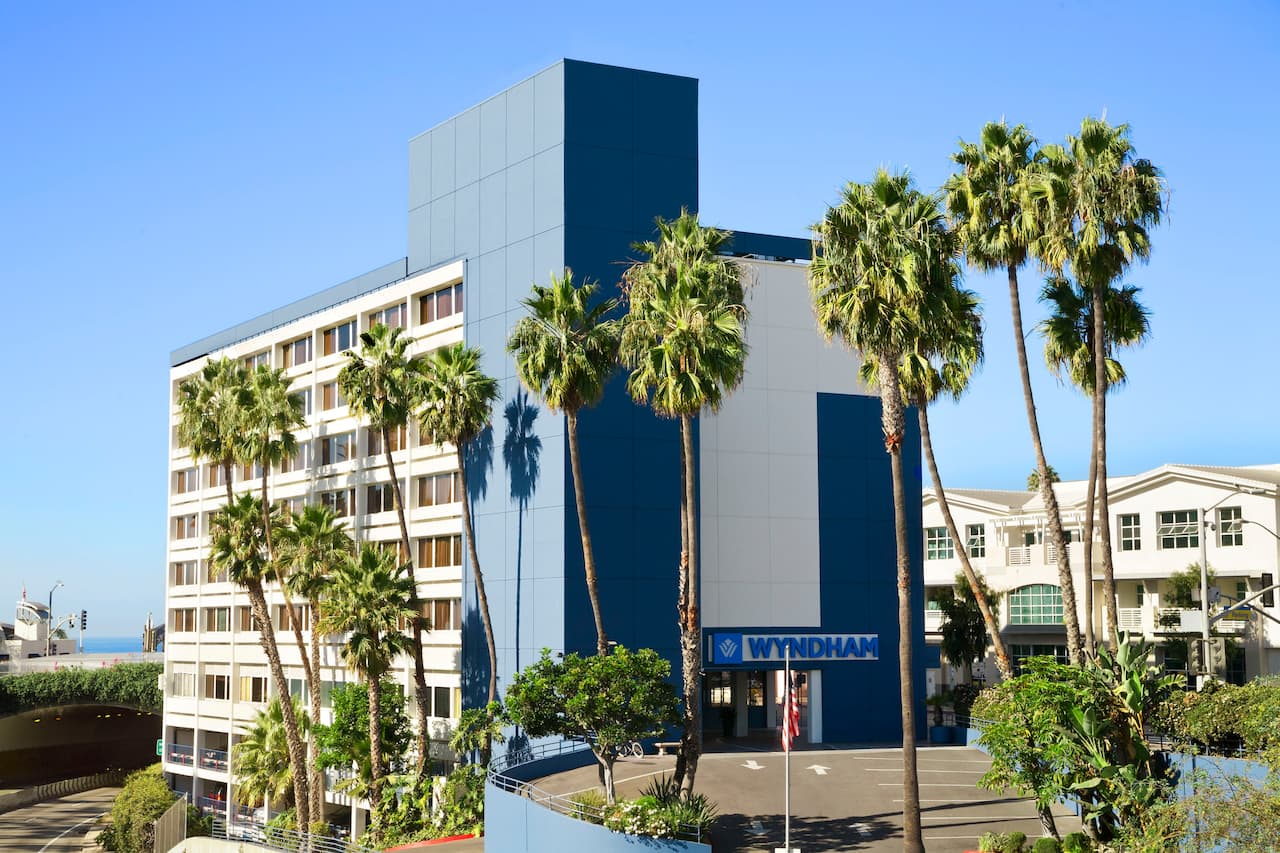 Wyndham Santa Monica At The Pier in  Hollywood,  California