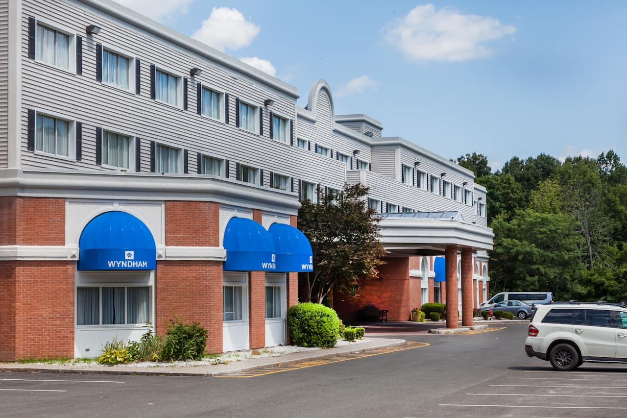 Wyndham Southbury in Meriden, Connecticut