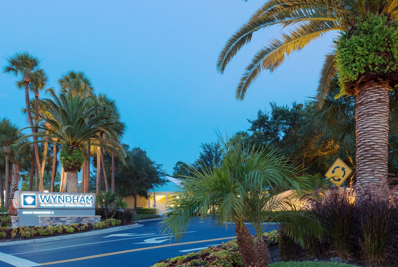 Wyndham Orlando Resort International Drive near Backbooth