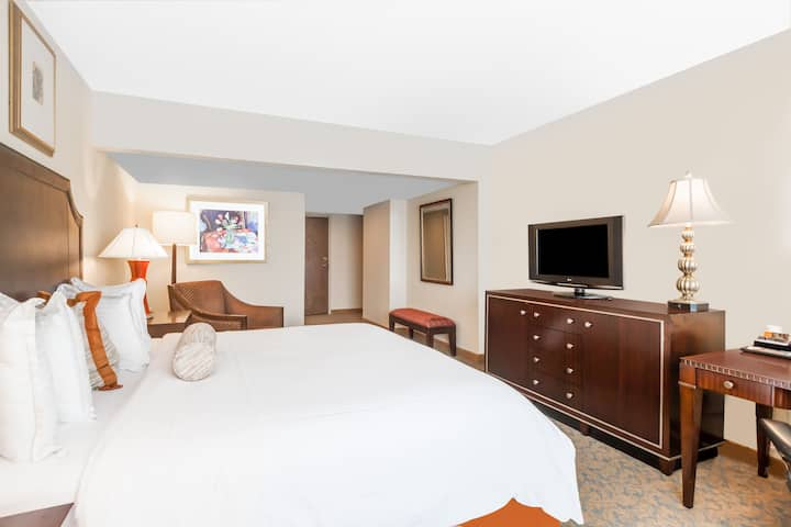 Guest room at the Wyndham Indianapolis West in Indianapolis, Indiana