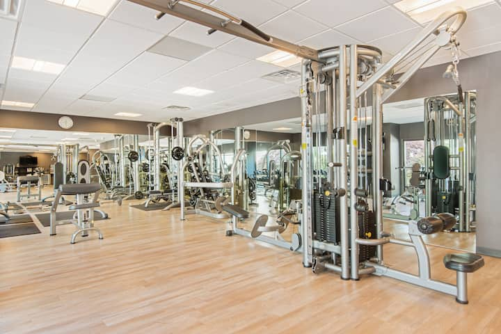 Health club at Wyndham Hamilton Park Hotel and Conference Center in Florham Park, New Jersey