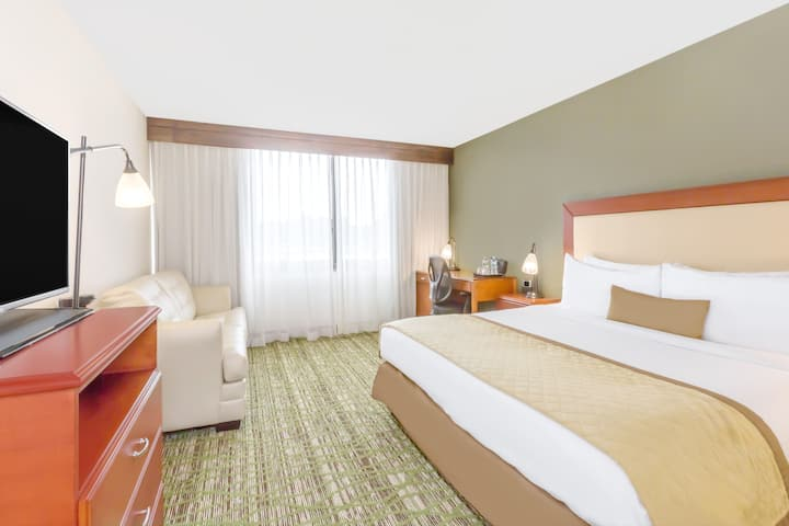 Wyndham Philadelphia - Mount Laurel suite in Mount Laurel, New Jersey
