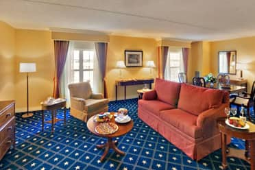 Guest room at the Wyndham Gettysburg in Gettysburg, Pennsylvania