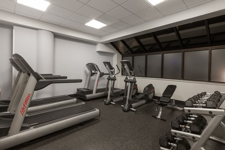 Health club at Wyndham Pittsburgh University Center in Pittsburgh, Pennsylvania
