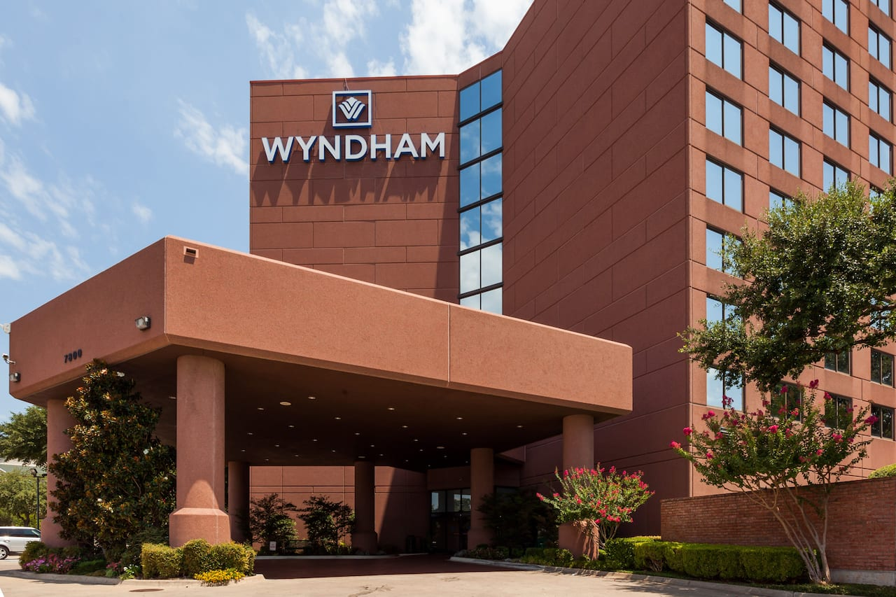 Wyndham Dallas Suites - Park Central in Plano, Texas