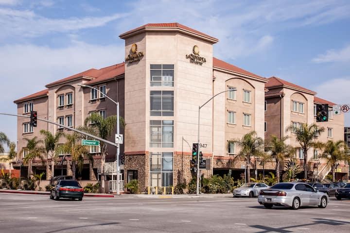 la quinta inn suites by wyndham inglewood inglewood ca hotels la quinta inn suites by wyndham