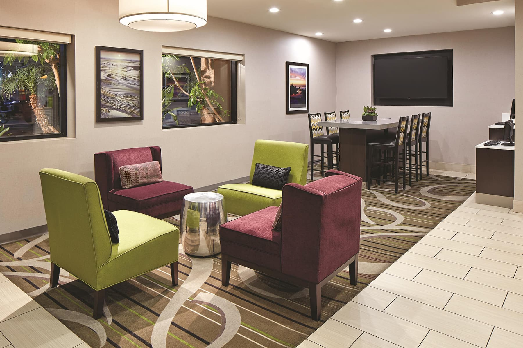 La Quinta Inn & Suites by Wyndham San Diego SeaWorld/Zoo hotel lobby in San Diego, California