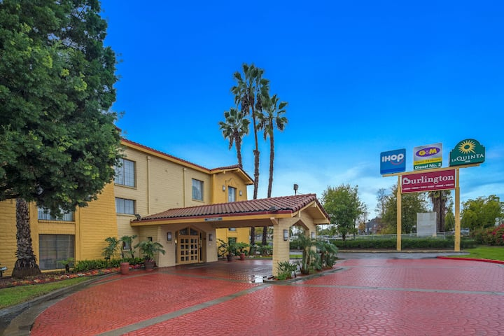 La Quinta Inn By Wyndham San Go