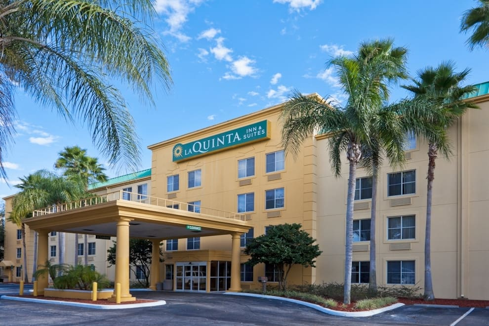 Exterior of La Quinta by Wyndham Lakeland East hotel in Lakeland, Florida