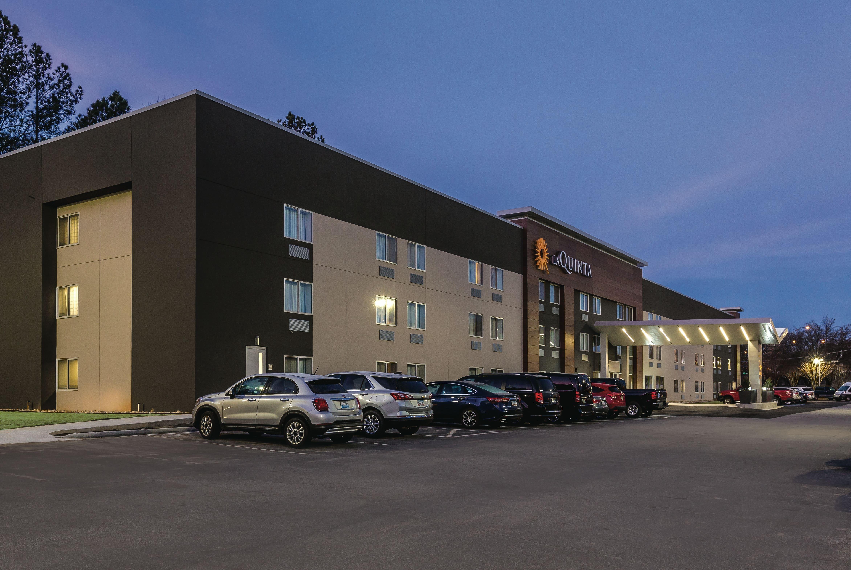 La Quinta Inn & Suites by Wyndham Atlanta Midtown - Buckhead