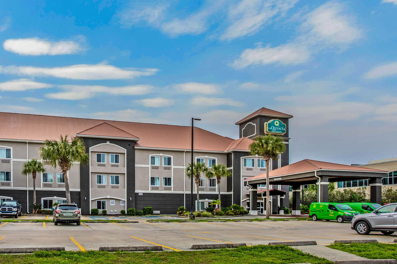 La Quinta Inn Suites By Wyndham Biloxi Biloxi Ms Hotels
