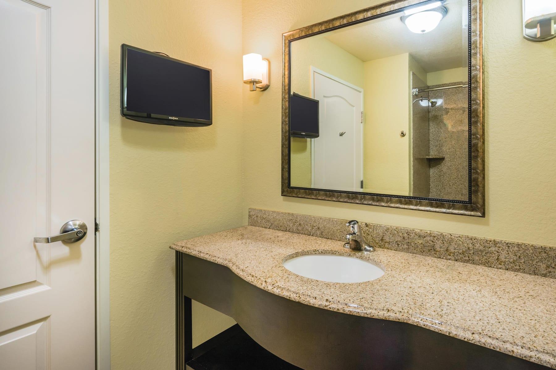 La Quinta Inn Amp Suites By Wyndham Brandon Jackson Airport
