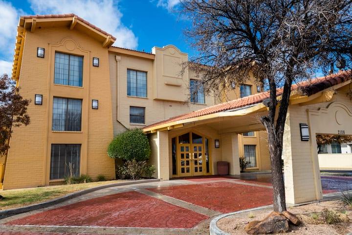 la quinta inn by wyndham amarillo west medical center amarillo tx hotels la quinta inn by wyndham amarillo west
