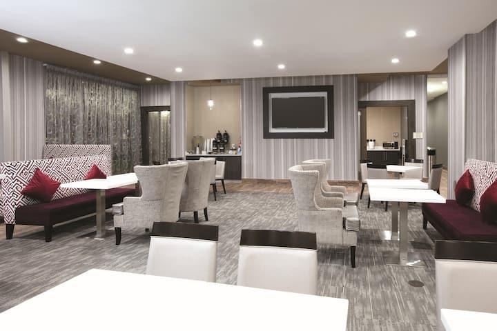 la quinta inn suites by wyndham amarillo airport amarillo tx hotels la quinta inn suites by wyndham