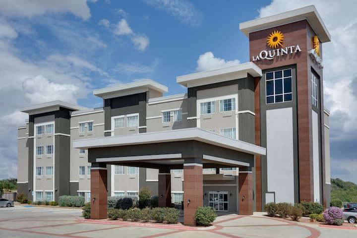 la quinta inn suites by wyndham big spring big spring tx hotels la quinta inn suites by wyndham big